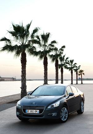 Foto Exteriores (3) Peugeot 508 Sedan 2010