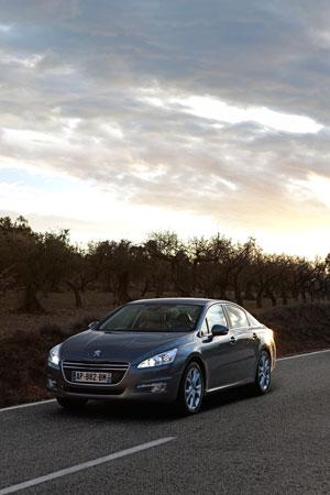 Foto Exteriores (6) Peugeot 508 Sedan 2010