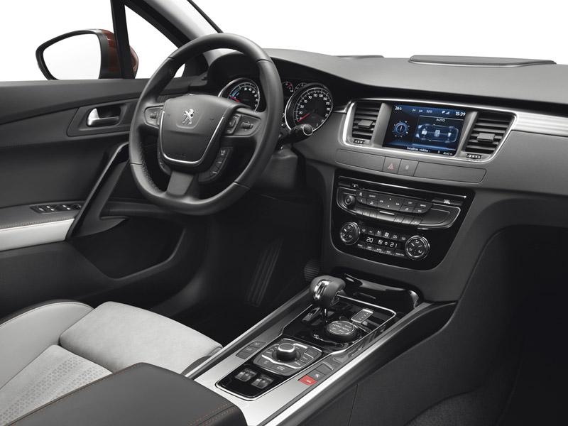 Foto Interiores Peugeot 508-rxh Familiar 2011