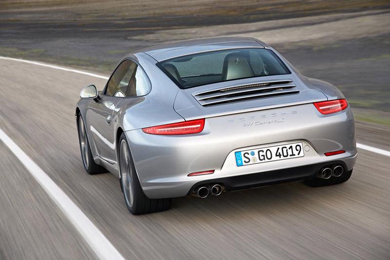 Foto Trasera Porsche 911 Cupe 2011