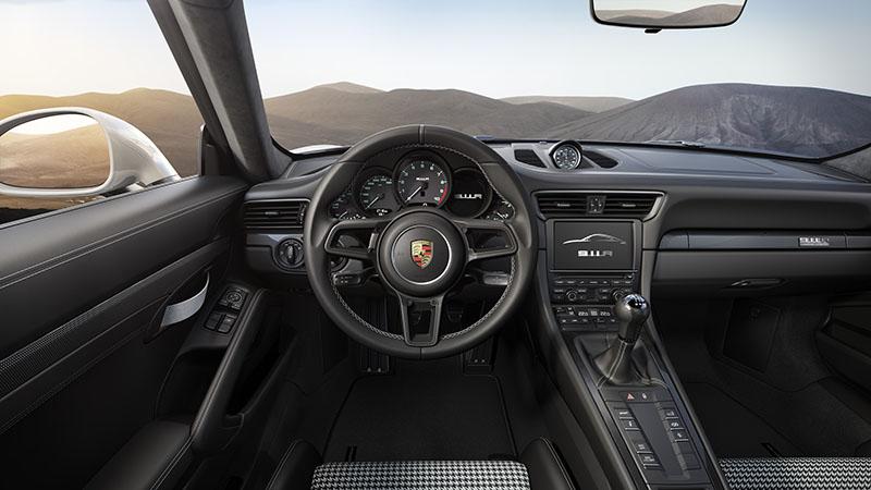 Interior Porsche 911 R