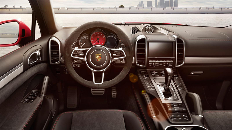 foto interior 6 porsche cayenne gts suv todocamino 2015. Black Bedroom Furniture Sets. Home Design Ideas