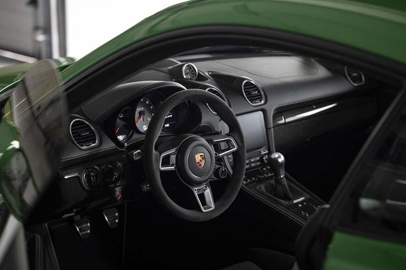 Foto Interiores Porsche Cayman Gts Cupe 2020