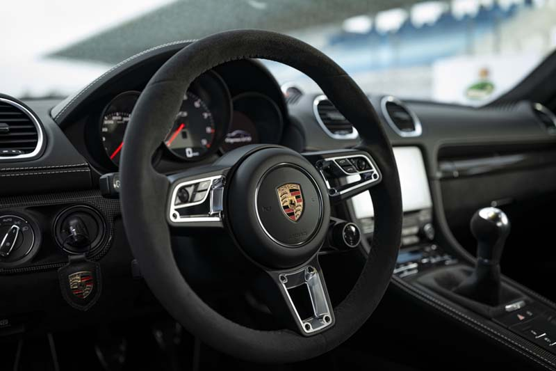 Porsche 718 Cayman GTS 2020, foto interior