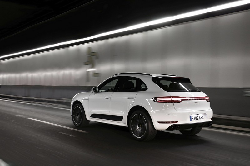 Foto Trasera Porsche Macan Spirit Suv Todocamino 2019