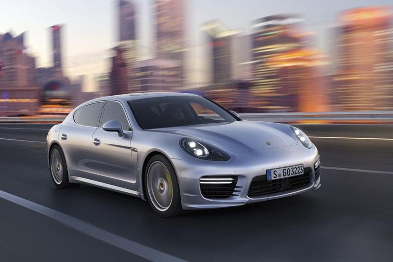 Foto Exteriores Porsche Panamera Sedan 2013