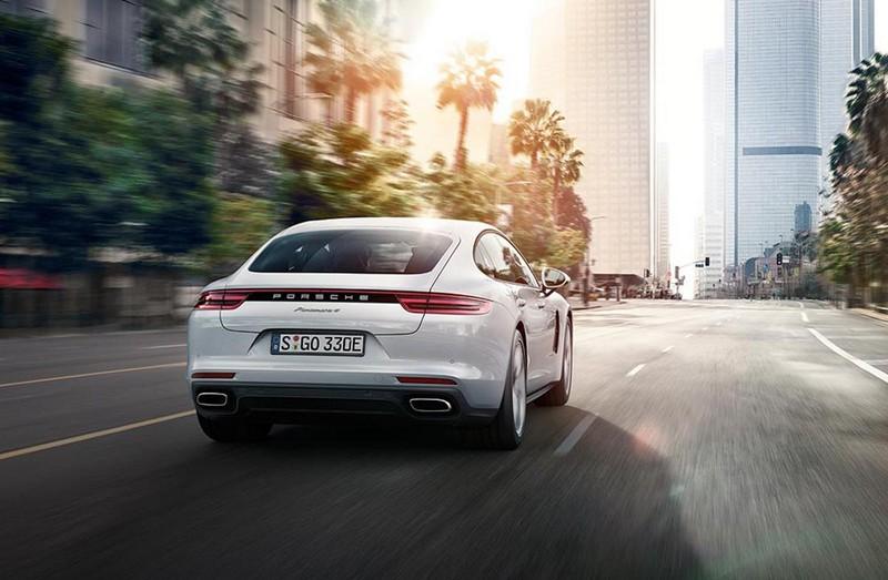 Foto Trasera Porsche Panamera 4 E Hybrid Sedan 2017