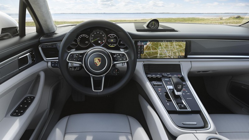 Foto Salpicadero Porsche Panamera Sport Turismo Berlina 2018