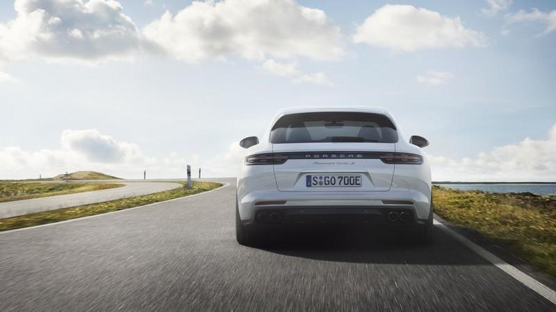 Foto Trasera Porsche Panamera Sport Turismo Berlina 2018