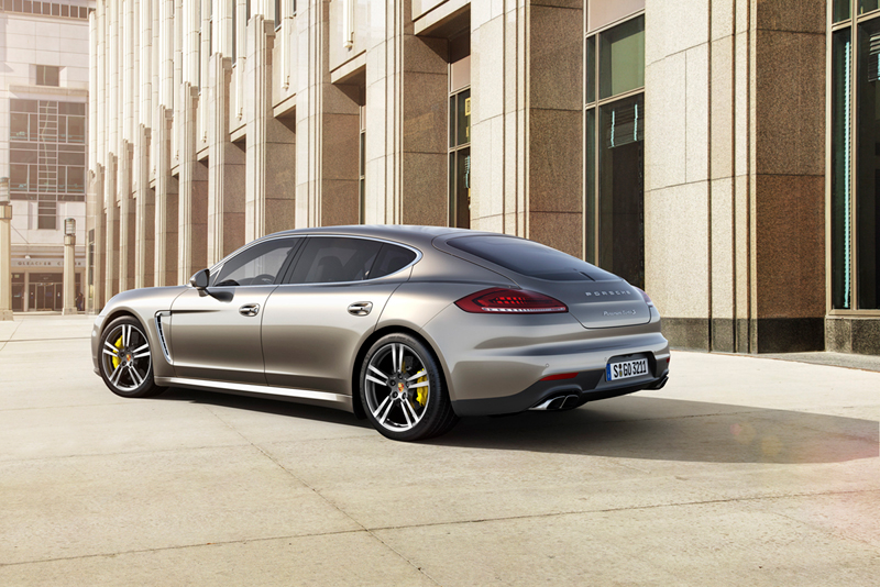 Foto Exteriores Porsche Panamera Turbo S Sedan 2013