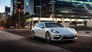 Foto Delantera Porsche Panamera-turbo-s-e-hybrid Berlina 2017