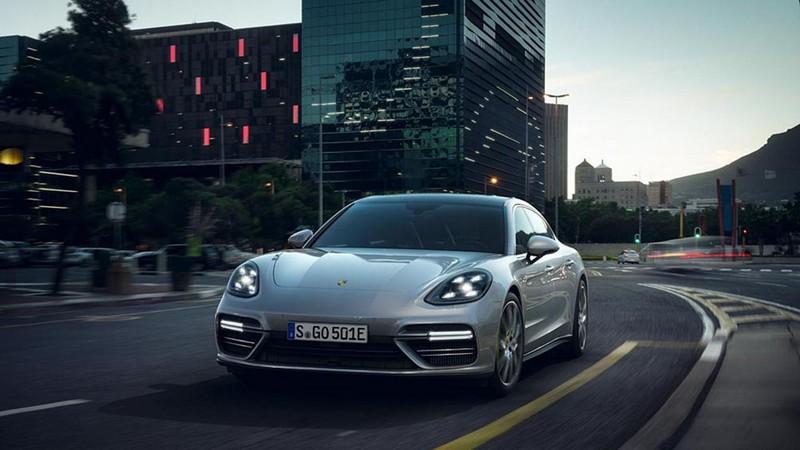 Foto Exteriores Porsche Panamera Turbo S E Hybrid Berlina 2017