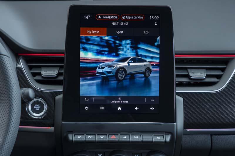 Renault Arkana E TECH Híbrido, foto pantalla salpicadero