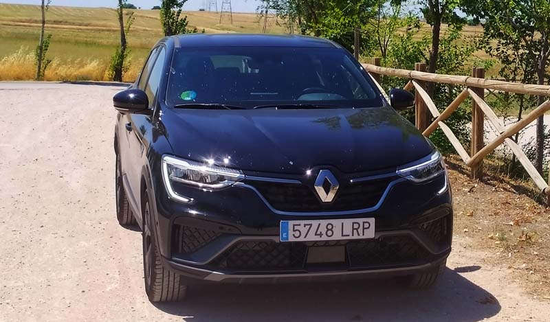 Renault Arkana E TECH Híbrido, foto delantera