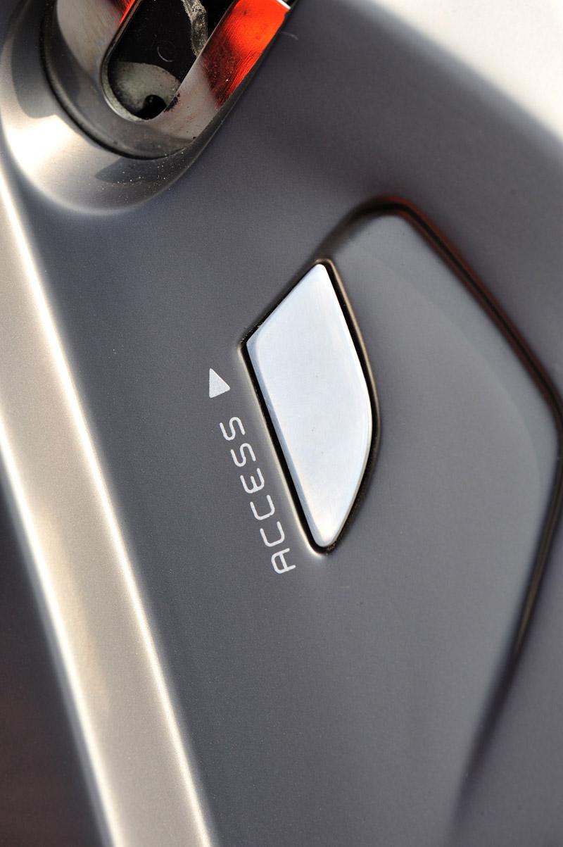 Foto Detalles  (6) Renault Captur Cupe 2011