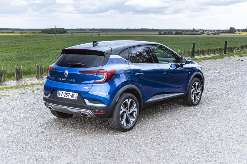Foto Trasera Renault Captur Hibrido Suv Todocamino 2021