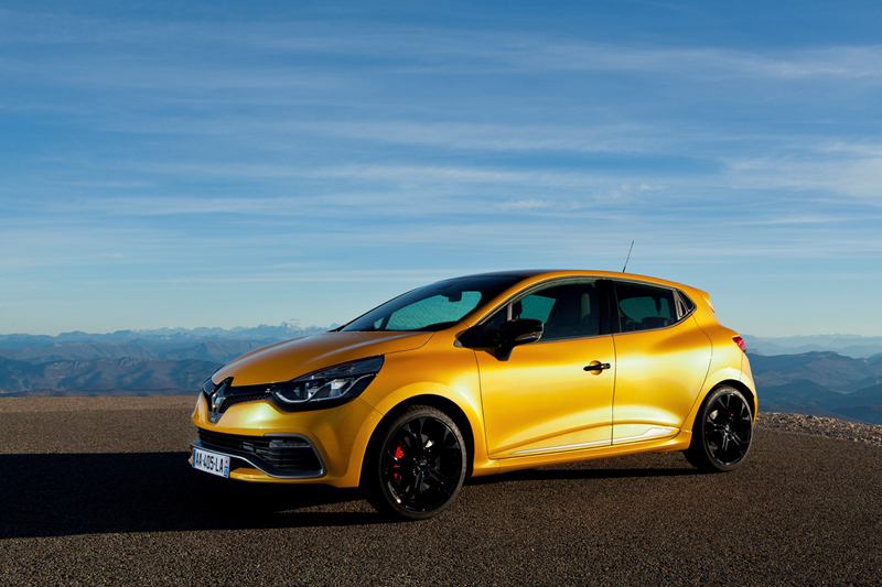 Foto Lateral Renault Clio Rs 200 Dos Volumenes 2013