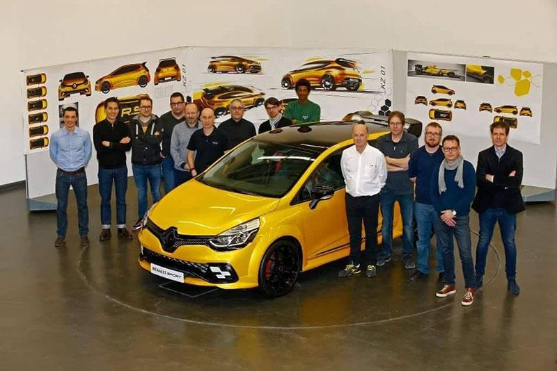 Foto Exteriores Renault Clio Rs Kz 01 Filtraciones Dos Volumenes 2016