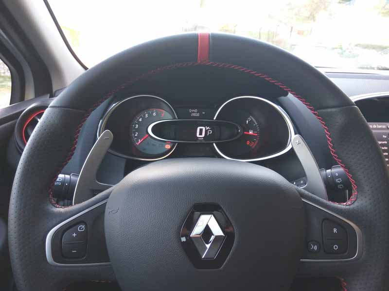 Foto Detalles (6) Renault Clio-rs-trophy Dos Volumenes 2016