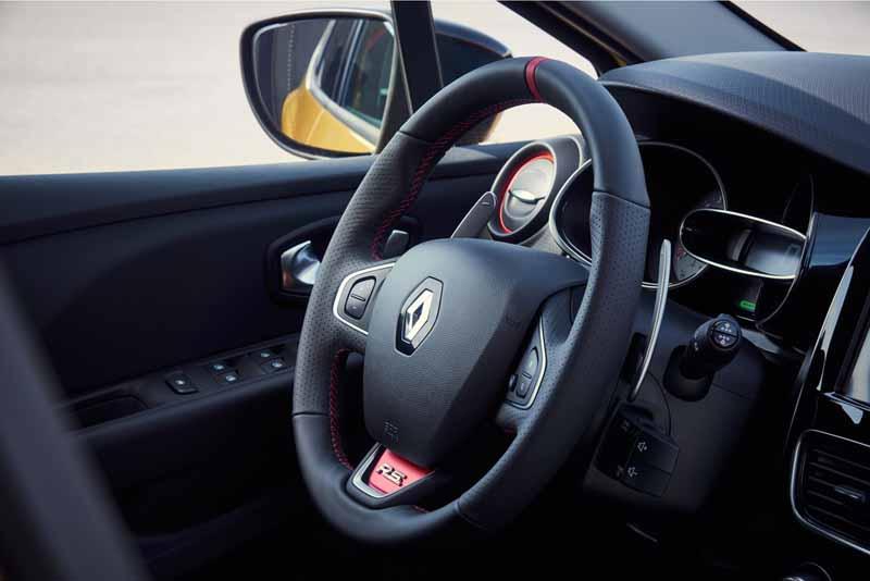 Foto Interiores Renault Clio Rs Trophy Dos Volumenes 2016