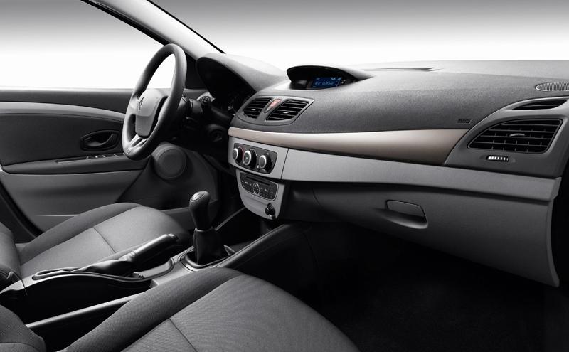 Foto Interiores Renault Fluence Sedan 2009
