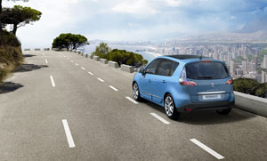 Foto Exteriores (13) Renault Grand-scenic Monovolumen 2012