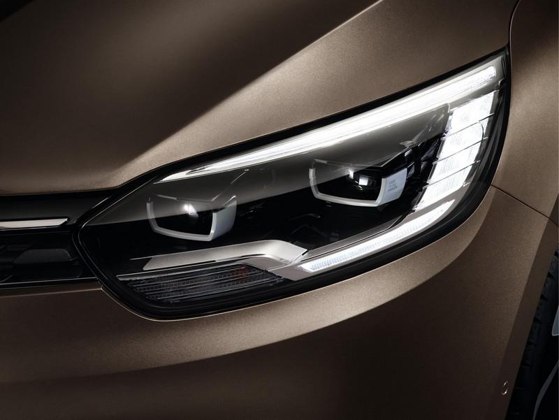 Foto Detalles Renault Grand Scenic Monovolumen 2017