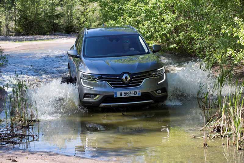 Renault Koleos 2017, foto delantera