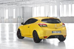 Foto Exteriores (2) Renault Megane Dos Volumenes 2014