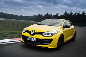 Foto Exteriores (5) Renault Megane Dos Volumenes 2014