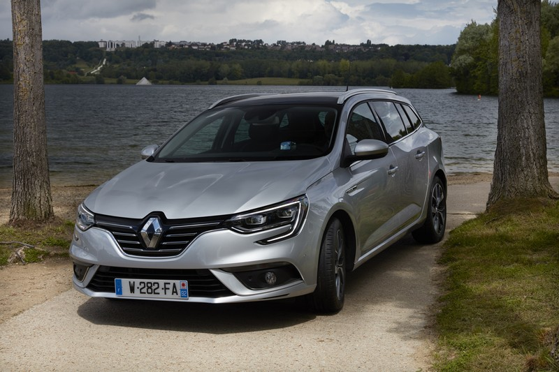 Foto Delantera Renault Megane Familiar 2017