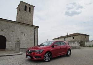 Foto Exteriores (14) Renault Megane-prueba Dos Volumenes 2016