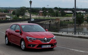 Foto Exteriores (17) Renault Megane-prueba Dos Volumenes 2016