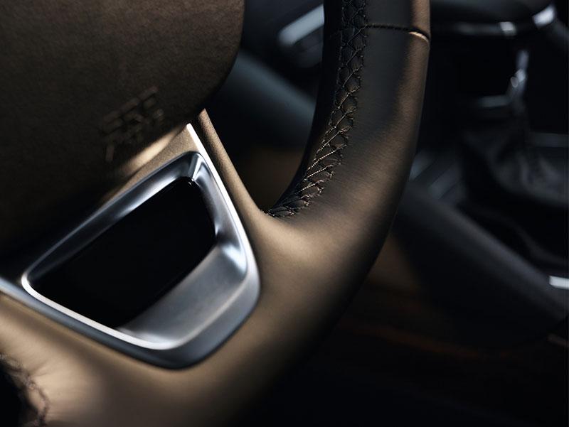 Foto Detalles (3) Renault Talisman Sedan 2015