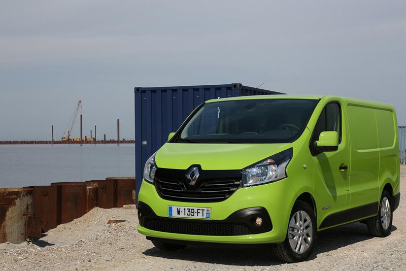 Foto Exteriores (106) Renault Trafic Vehiculo Comercial 2014
