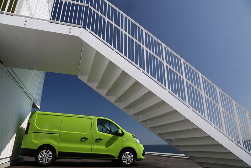 Foto Exteriores (66) Renault Trafic Vehiculo Comercial 2014