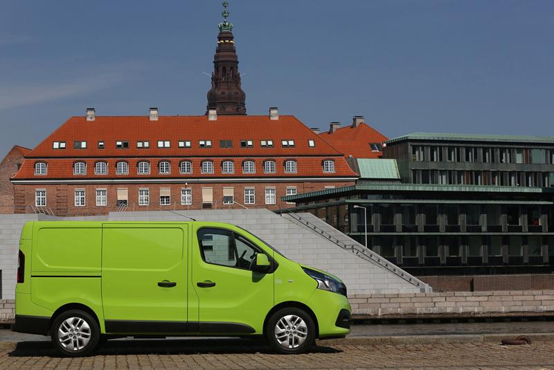 Foto Exteriores (69) Renault Trafic Vehiculo Comercial 2014