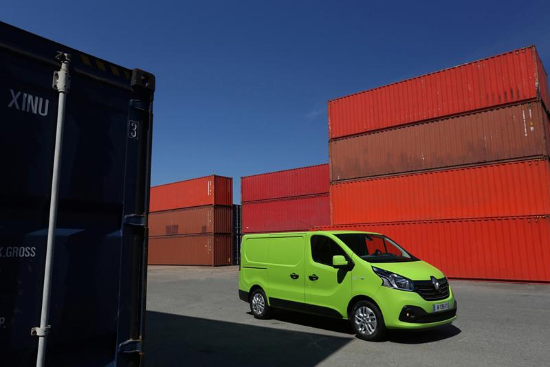 Foto Exteriores (74) Renault Trafic Vehiculo Comercial 2014