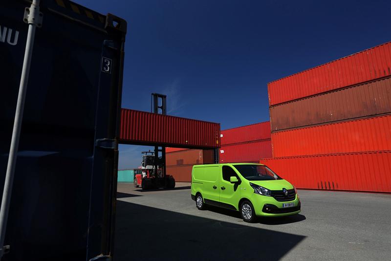 Foto Exteriores (75) Renault Trafic Vehiculo Comercial 2014