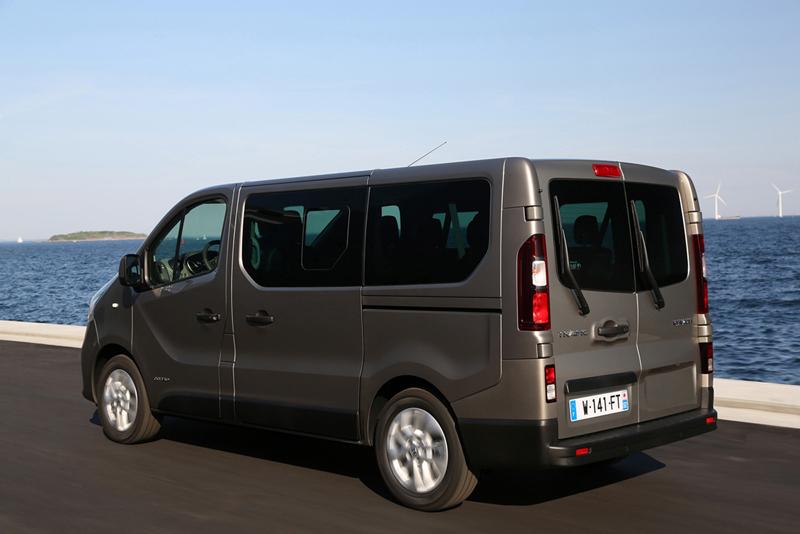Foto Exteriores (86) Renault Trafic Vehiculo Comercial 2014