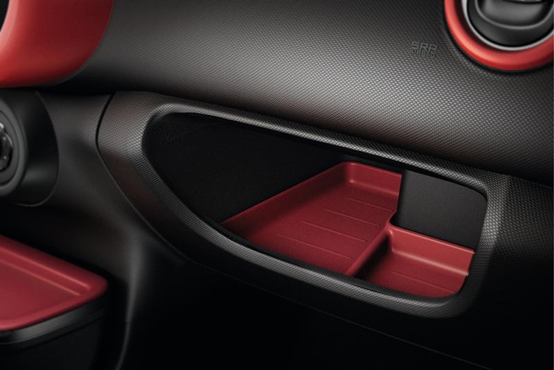 Foto Interiores Renault Twingo Dos Volumenes 2014
