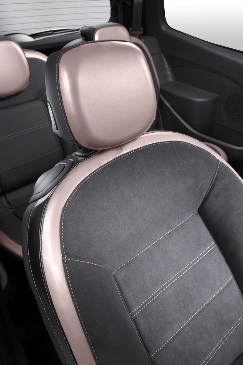 Foto Interiores Renault Twingo Miss Sixty Dos Volumenes 2010