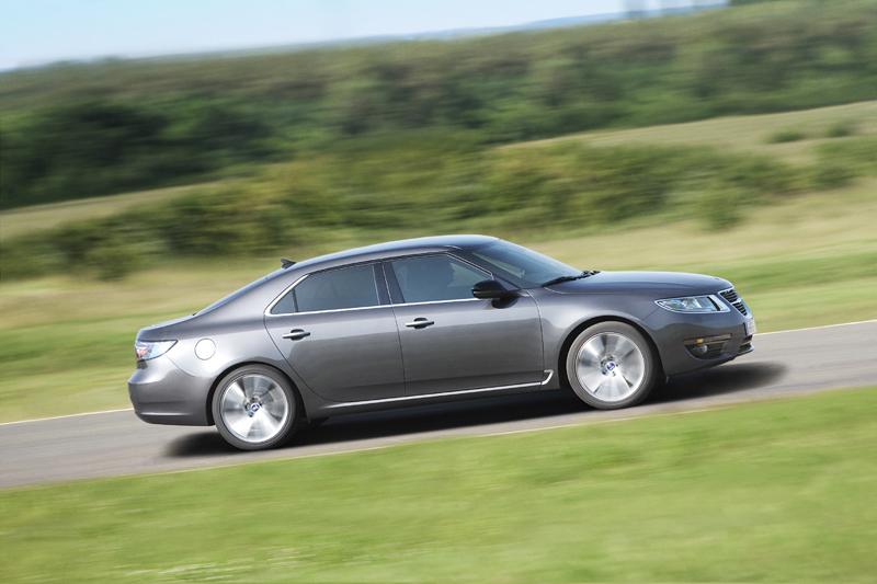 Foto Perfil Saab 9 5 Sedan 2010