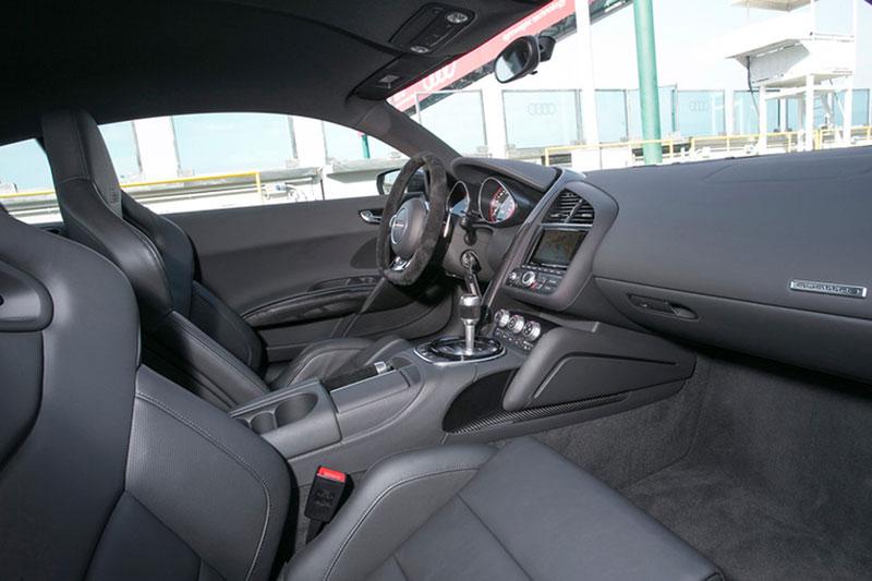 Foto Audi R8 V10 Plus Salones Salon Ginebra 2014