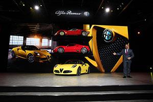 Foto Alfa Romeo 4c Spider Salones Salon-naias-2015