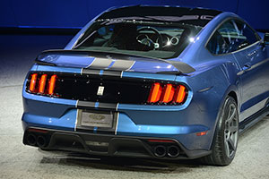 Foto Ford Shelby 350r Trasera Salones Salon-naias-2015
