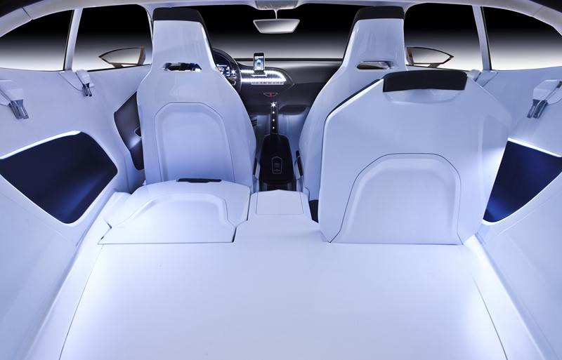 Foto Interiores Seat Ibe Dos Volumenes 2010