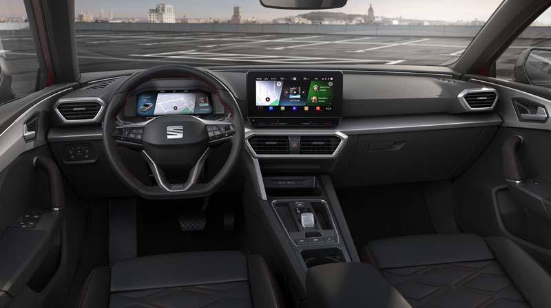 Foto Interiores Seat Leon Dos Volumenes 2020