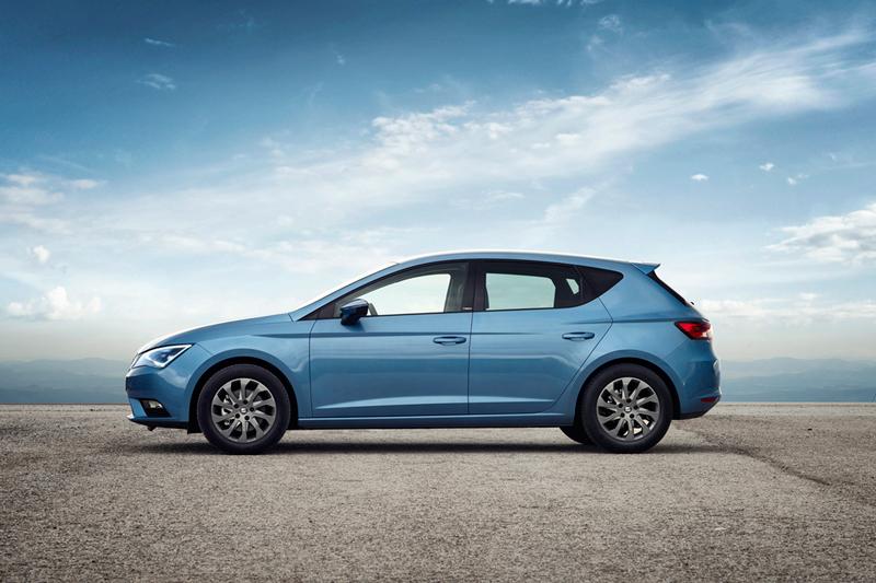 Foto Lateral Seat Leon Ecomotive Dos Volumenes 2014