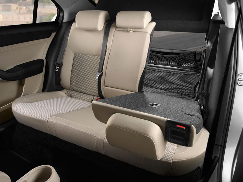 SEAT Toledo; análisis plazas posteriores